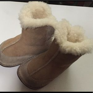 0dda76a5d1e low cost baby ugg boots sizing 2cbc8 23781